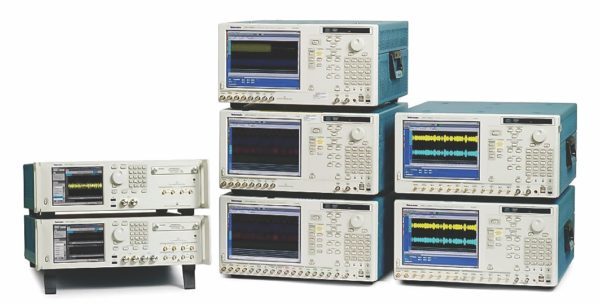 Сравнение генераторов AWG70000A и AWG7000C