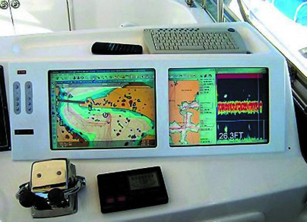 Монитор серииNPD, встроенный ваппаратуру морской навигационной системы