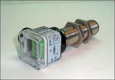 Внешний вид выключателя ВБ3.18М.90.TR400.1.1.B