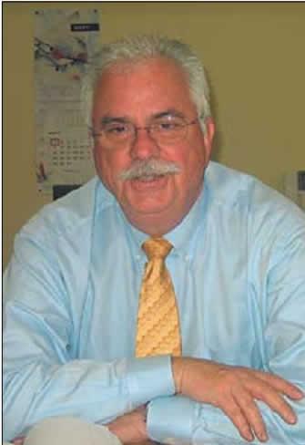 Майкл ХОЛАБО (Michael HOLLABAUGH), старший вице-президент по маркетингу и продажам компании Ramtron