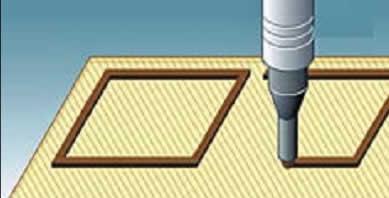 Нанесение контурного шва герметика на подложке транзисторной матрицы