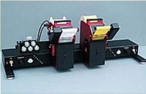 Принтер для нанесения маркировки методом горячего ттиснения с двумя печатающими головками